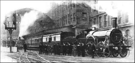 Southam Street area - the last broad gauge train from Paddington 1892